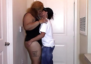 First sexual encounter with blue ebony latina bbw (interracial)