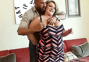 Chunky Knocker BBW MILF Veronica Gags on Huge Latino Blarney