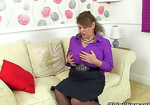 English gilf Elle tranquil lusts for orgasms