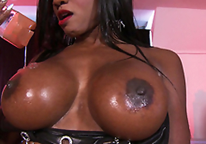 Diamond Jackson give him massage no way her big tits only