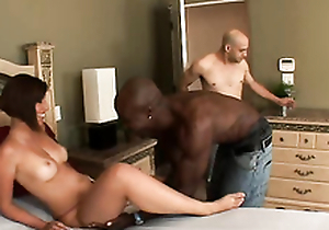 Sexy Lilliputian Nicole gets tiptop birthday present
