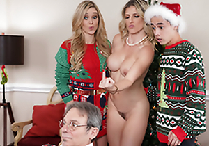 Keep The Xmas Lights Tied On - Old woman Cory Chase In the porn scene