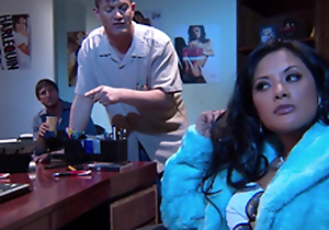 Gorgeous Alektra Blue with the addition of Kaylani Lei love amazing FFM lovemaking indoors