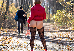 Public flashing with the addition of blowjob in autumn park