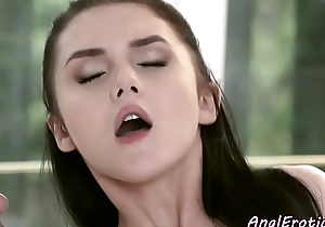 Euro beauty fucked into ass in gaping hole