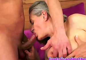 Bigtit amateur granny cockriding and sucking