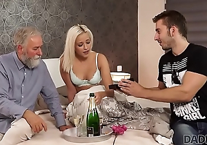 DADDY4K. Remarkable dad coupled with juvenile girl sex ended with cumshot mainly pain in the neck